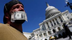 Cada vez más escépticos frente al dólar.