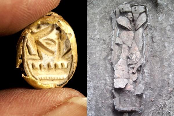 El anillo de cierre escarabajo tallado con el nombre del faraón Seti I (izquierda) y el sarcófago descubierto en el montículo arqueológico de Tel Shadud. Foto: AP